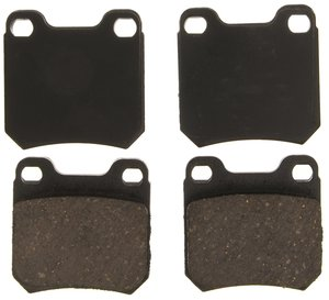 ZD811 by FEDERAL MOGUL-WAGNER - QuickStop Ceramic Disc Brake Pad Set