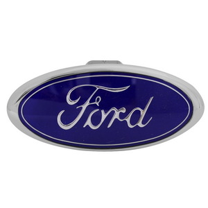 CR-211 by PILOT - Bully - Ford Chrome Hitch Cover